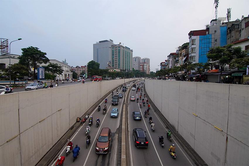 street_in_vietnam